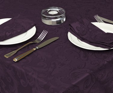 Derhao – expert in manufacturing tablecloths for formal restaurants
