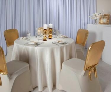 Lựa chọn khăn trải bàn nhà hàng