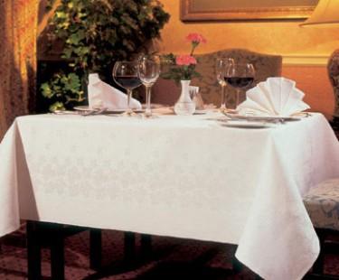 Công ty Derhao, chuyên may khăn trải bàn khách sạn