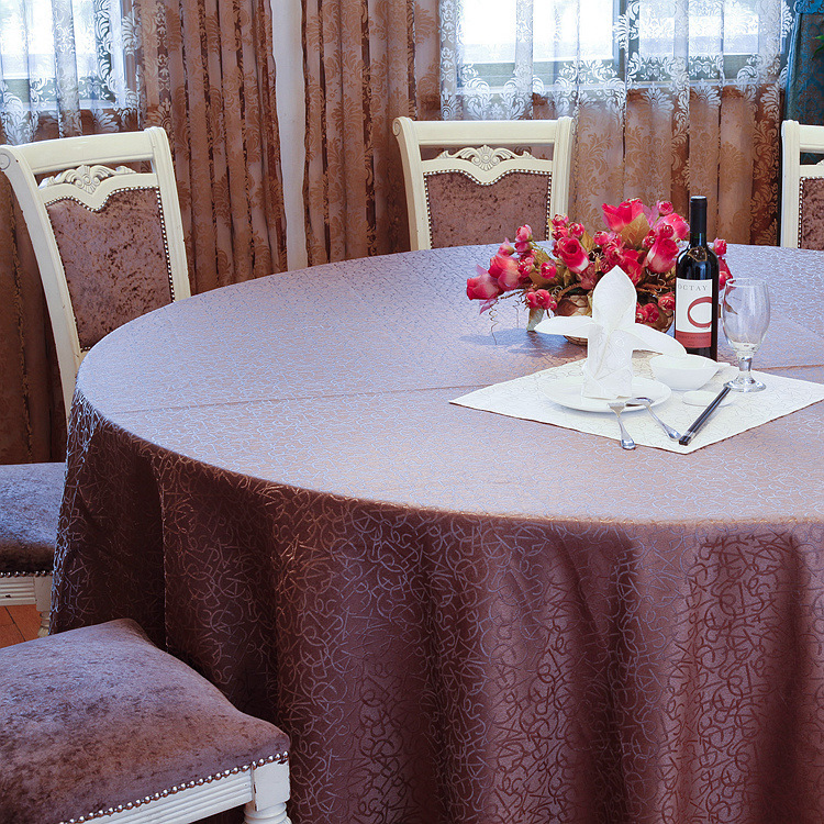 Comparison Between Brocade Fabric and Spandex When Manufacturing Tablecloths and Chair Cloths