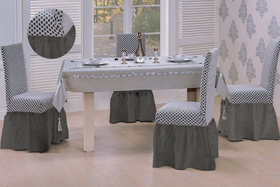 Derhao company is expert in manufacturing high quality chair cloths for restaurants